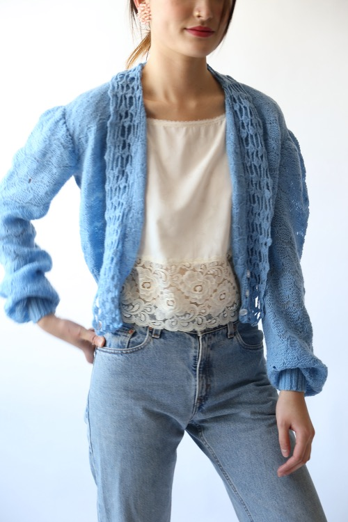 PASTEL BLUE KNIT CARDIGAN