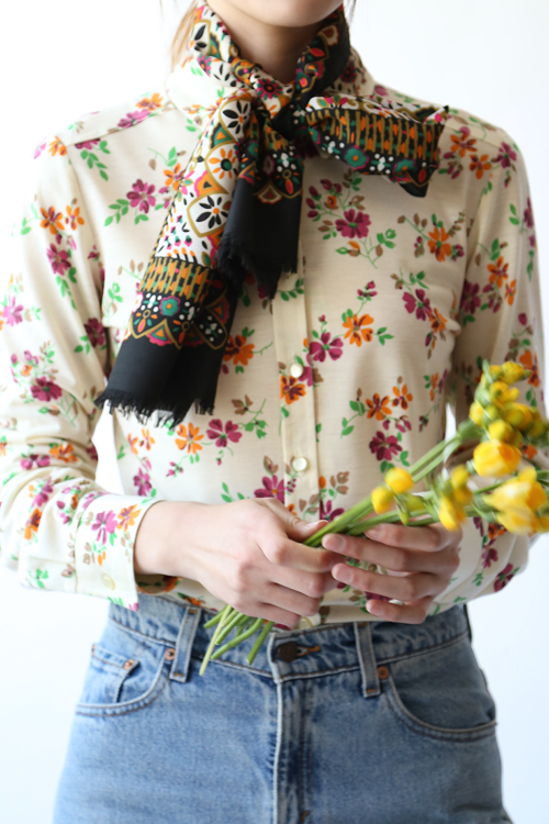 70'S FLOWER LONG SCARF