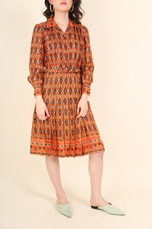 ETHNIC PRINT DRESS WITH BELT