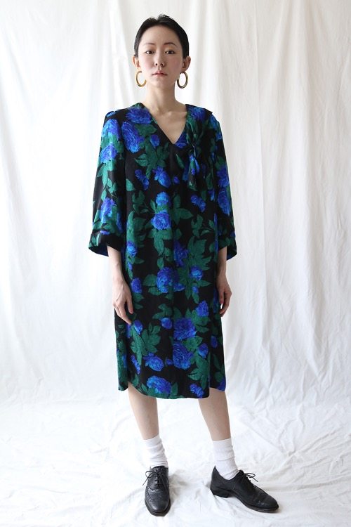 BLUE ROSE PRINT SILK DRESS