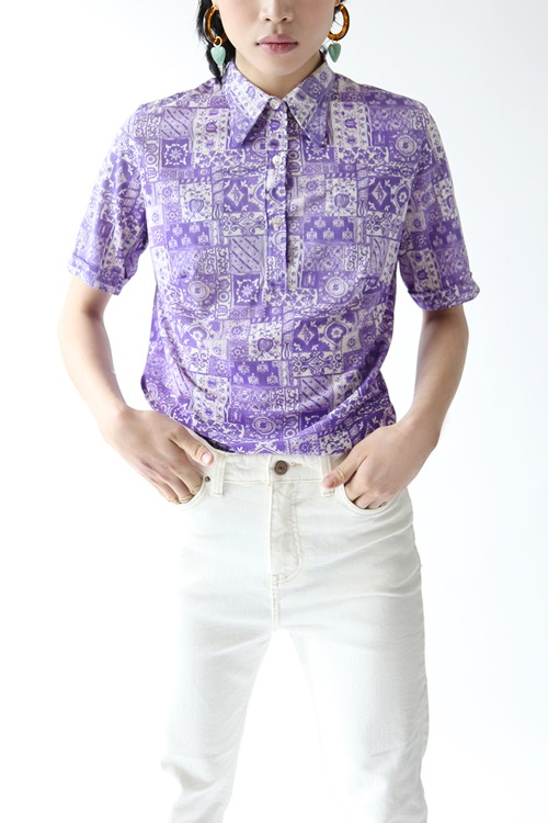 VIOLET PRINTED SHIRT TOP