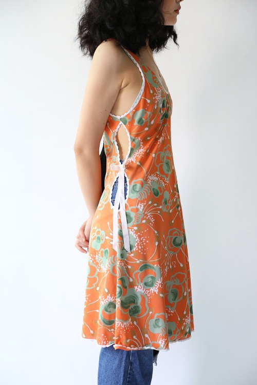 ORANGE FLORAL SIDE RIBBON TOP