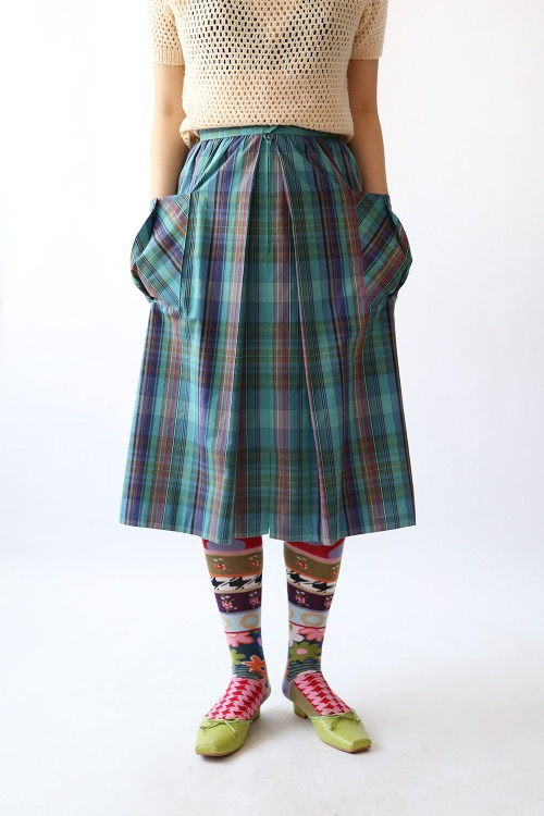 FRONT BUTTON CHECKED SKIRT