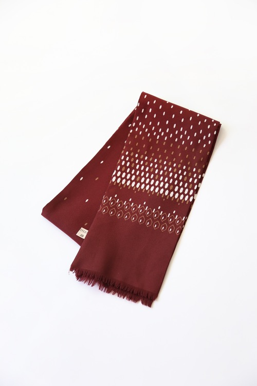 60'S BROWN GEOMETRIC SCARF