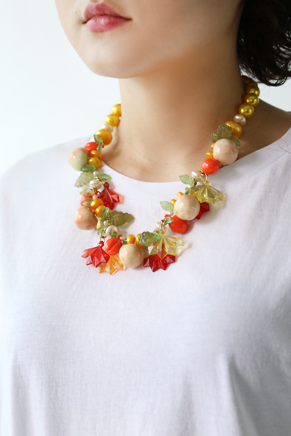 1950'S FRUITS NECKLACE