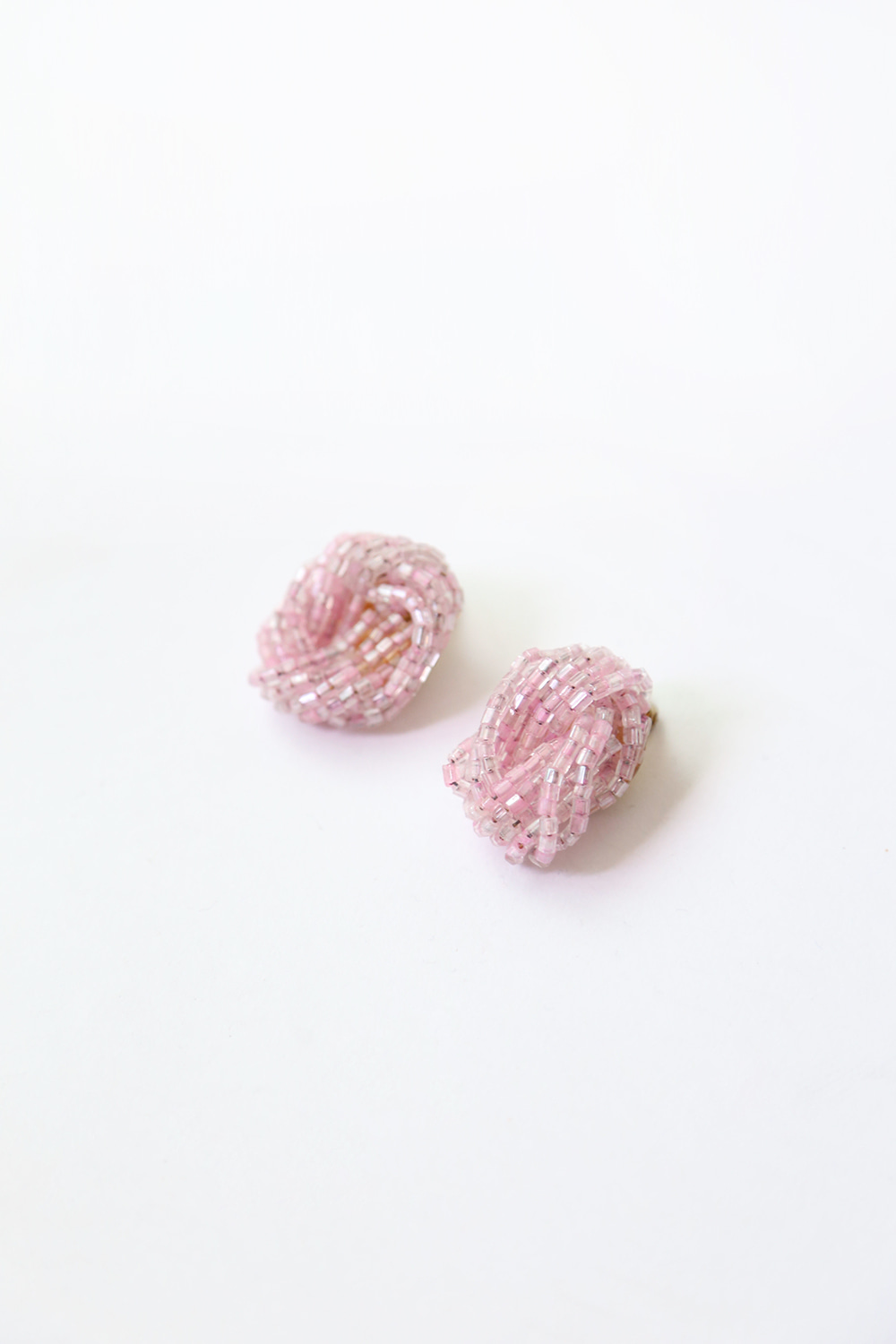 60'S PINK BEADS EARRINGS